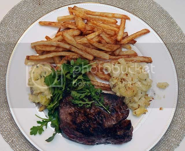 Steak and Bernaise Sauce with Pommes Frites